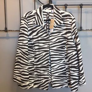 NWT Chico's Animal Print Jacket Size 4